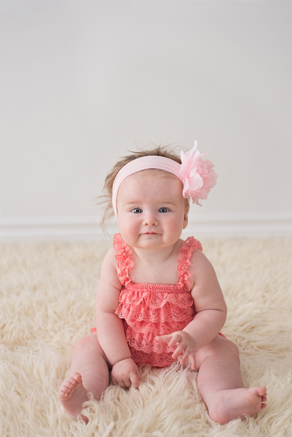 A sweet baby girl during her milestone session with Tanis Saucier Photography in Montreal